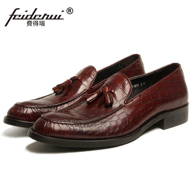 все цены на 2017 Formal Crocodile Man Casual Shoes Genuine Leather Flat Platform Male Loafers Designer Brand Men's Business Footwear FG43