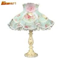 Bleu de chevet lampe de table en dentelle rustique lacet de tissu de mode lampes chambre interrupteur bouton 110 V 220 V E27 Lumière