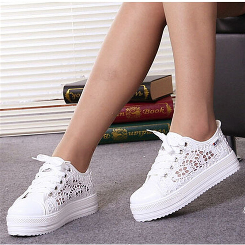 Women Lace Up Round Toe Sneakers Breathable Flats Heel Casual Sport Shoes