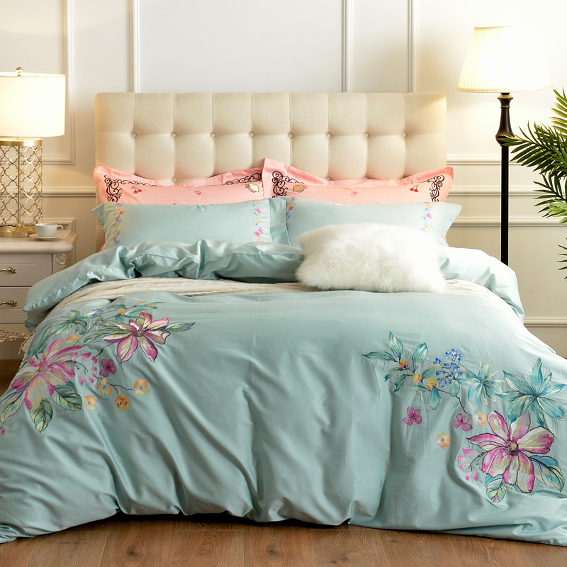 luxury Flower Embroidery 60S Egyptian Cotton Comfortable Bedding Set Queen King Size Duvet Cover Bed Linen Bed sheet Pillowcases