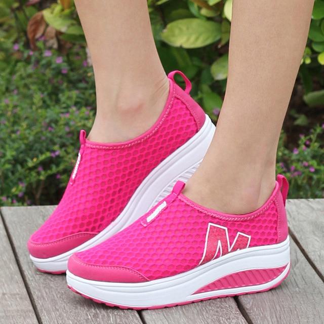 2016 женщин повседневная обувь высота увеличение туфли летние женщины дышащие качели мода повседневная обувь для женщин высота увеличение