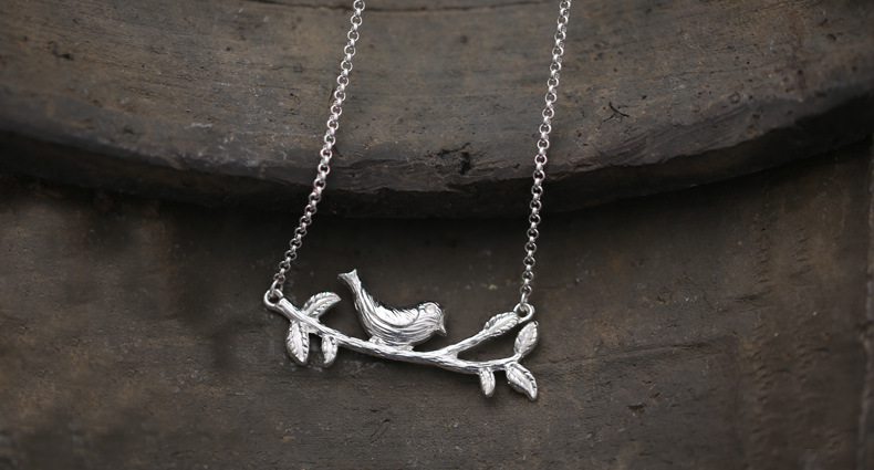 Uglyless Real S 990 Fine Silver Women Lovely Bird Necklaces with Chains Delicate Handmade Engraved Animal Chokers Ethnic BijouxUglyless Real S 990 Fine Silver Women Lovely Bird Necklaces with Chains Delicate Handmade Engraved Animal Chokers Ethnic Bijoux
