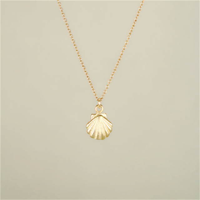 Hot Charming Small Gold Seashell Necklace sea Shell Necklace Ariel