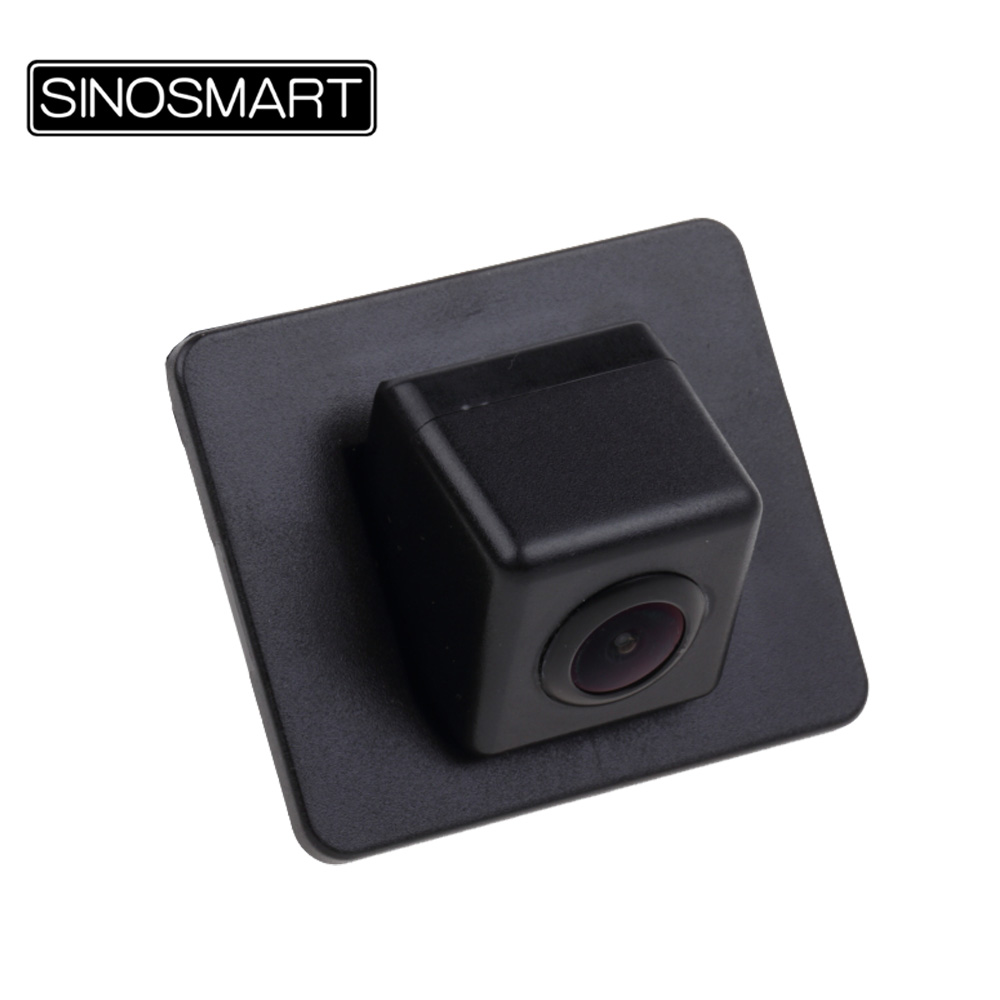 Prix pour SINOSMART En Stock Voiture Inverser Parking Caméra pour Mazda Axela Sedan Installer dans L'usine D'origine Caméra Trou Miroir Image