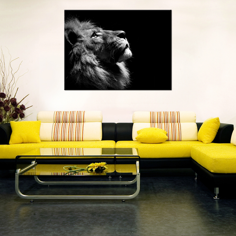 Modern Painting Black And White Canvas The Lion Look At The Sky Wall ...