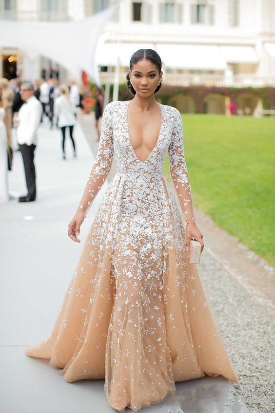 2019 Deep V Neck Prom Dresses Champagne Color White Appliques Illusion Long Sleeve Evening Gowns Formal Party Dresses