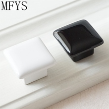 купить Modern Cabinet Knobs Ceramic Square Black White / Dresser Drawer Handles / Porcelain Furniture Knob  Handle Kitchen Hardware по цене 230.99 рублей