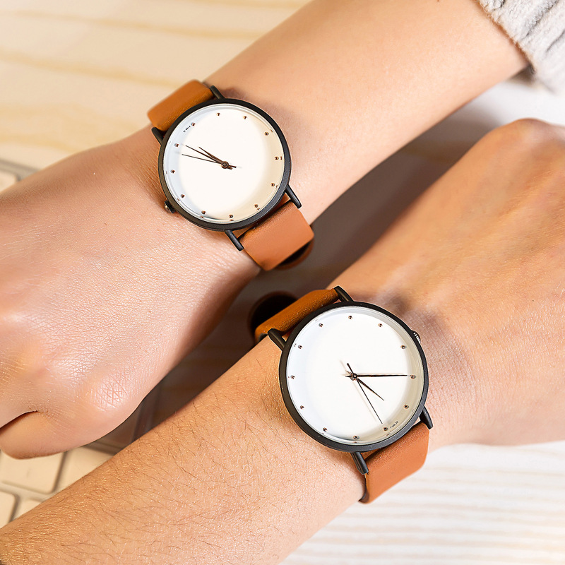 Simple Watch Face Fashion Brand Watches Thin Pointer Men And Women Quartz Clock Rivets Scale Leather Couple Lover Wrist Watch