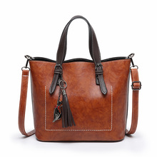 Fashion Women Handbag Pu Leather Female Retro Tassel Shoulder Bag Large Capacity Office Lady Tote Bag Top-handle Hands Bags Red