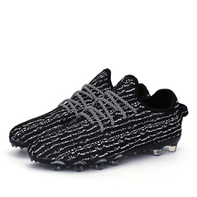 Long Spike Football Boots Broken Nails Football Shoes Newest Soccer Shoes Breathable Flyknit TF Football Cleats FG Soccer Boots