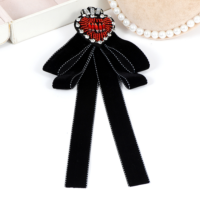 ZHINI Red Crystal Heart Brooches christmas vintage Wedding Dress Shirt Lady Bow Brooch Pin Handmade Women Accessories Gifts