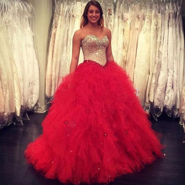 46528a22ad Lujo rojo largo vestido de Quinceañera 2017 amor del hombro moldeado  cristalino de tulle del vestido
