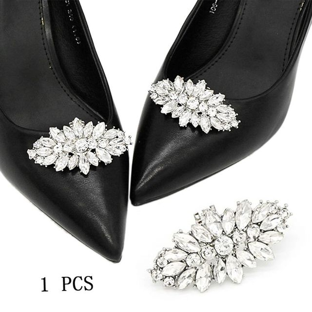 4764440d27 US $2.26 23% OFF|Fashion Shoe Clip DIY Rhinestone Decoration Women High  Heels Bag Dress Hat Shoe Accessories Wedding Fashion Buckle Clips  Elegant-in ...