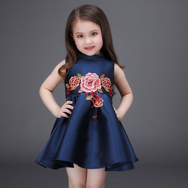 a27c927568c1 Christmas Kids Girls Embroidered Floral Dresses Baby Girl Princess ...