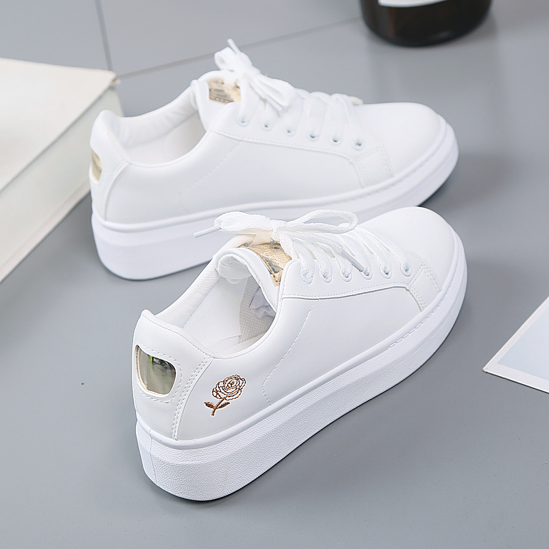 Women Casual Shoes 2019 New Spring Women Shoes Fashion Embroidered White Sneakers Breathable Flower Lace-Up Women Sneakers