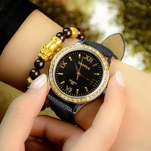 YAZOLE Diamonds Wrist Watch Women Watches Ladies Luxury Brand Famous Top Quartz Wristwatch For Female Clock Hodinky Montre Femme longbo luxury brand fashion quartz watch blue leather strap women wrist watches famous female hodinky clock reloj mujer gift