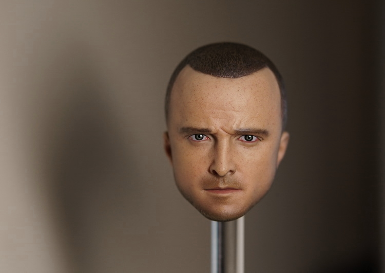 1/6 scale figure doll head for 12 Action figure breaking bad Jesse Pinkman head shape Carved,not include the body and clothes die shi spot burning the soul of a model burns 1 6 head carved figures are base contains mask