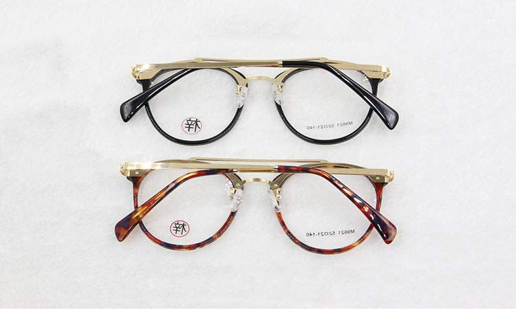 9b0ea606e3a BCLEAR new arrival fashion style retro double bridges optical frame for men  and women most popular high quality eyeglasses M9621-in Eyewear Frames from  ...