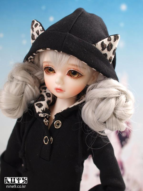1/4 scale 42cm  BJD nude doll DIY Make up,Dress up SD doll.113Girl .not included Apparel and wig 1 4 bjd dollfie girl doll parts single head include make up shang nai in stock
