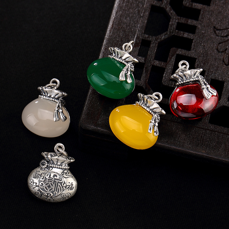 2018 Promotion Limited Pomegranate Sard Sandstone Everyone Xiangyun Ms Goody Bag Set Sterling Pendant Accessories Wholesale
