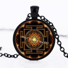 SUTEYI Fashion Buddhist Sri Yantra Pendant Necklace Sacred Geometry Crystal Cabochon Pendant Sri Yantra High Quality Jewelry(China)