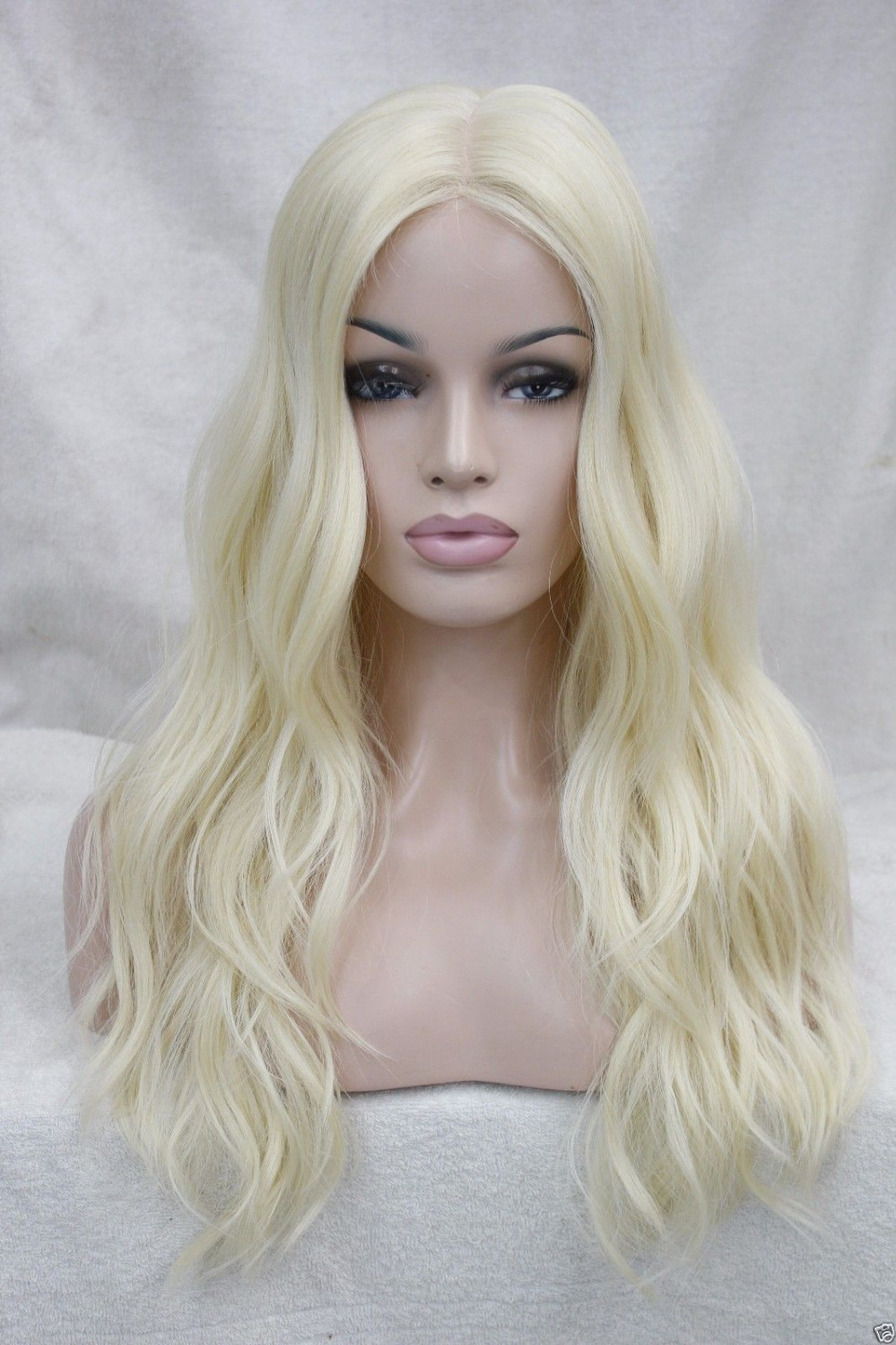 004284 Fashion Pale Blonde Vavy Hi-Quality Heat Friendly Hair Small lace front long Wig