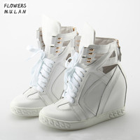 2018 мода Имя Брендовая Дизайнерская обувь белого и розового цвета женские кожаные Для женщин обувь Скрытая каблуки Высота Увеличение Ботиль