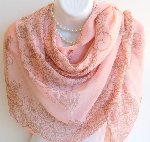 ⊱Rose D été Écharpe. grand Rose et Beige Longue Foulards Châle Wrap ... abac38b553c