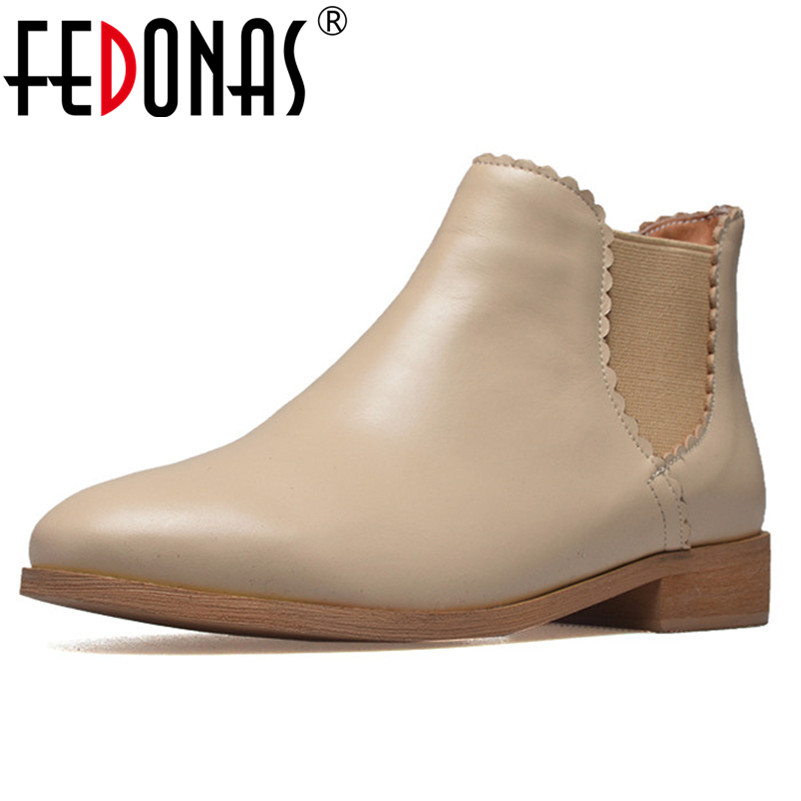 все цены на FEDONAS Top Quality Genuine Leather Ankle Boots For Women High Heels Autumn Winter Slip On Motorcycle Boots Shoes Woman онлайн