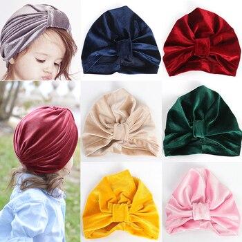 Pleuche Hat