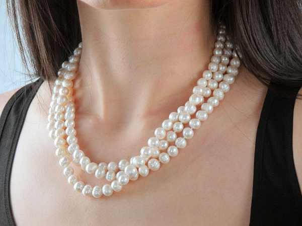 Freshwater Pearl Necklace  60 inches AA Grade 8-9mm natural White Knotted Long Beaded Off Round excellent luster Genuine Real
