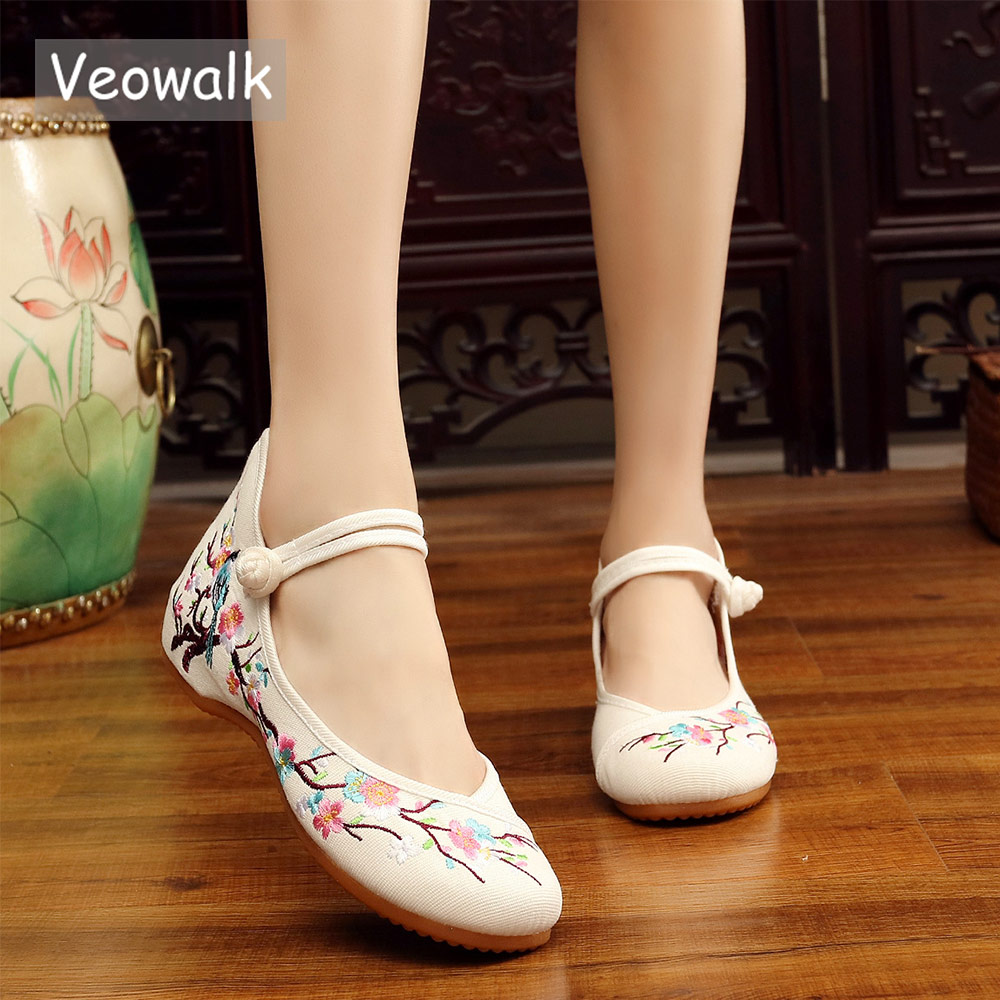 Veowalk Chinese Birds And Flower Embroidered Women Canvas Ballet Flats Vintage Ladies Round Toe Soft Cotton Dance Walking Shoes vintage women linen shoes thai cotton canvas owl embroidered cloth single national flats woven round toe lace up shoes woman