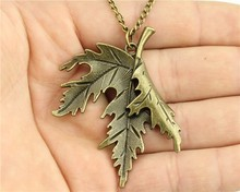 WYSIWYG  vintage antique bronze color  leaf pendant necklace