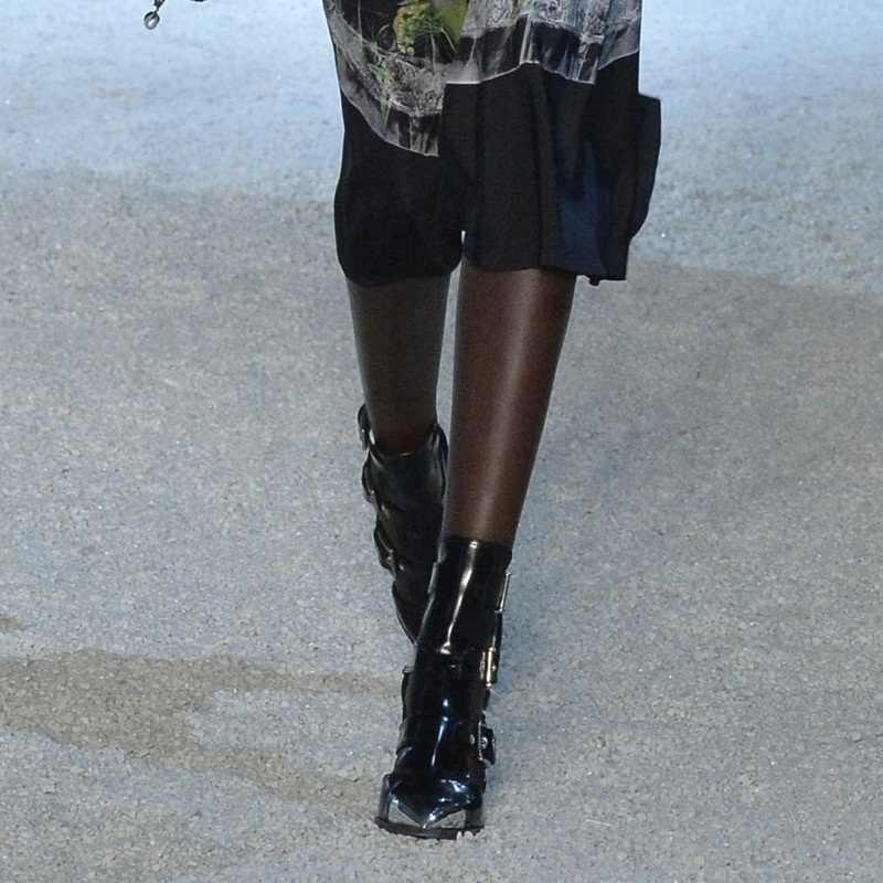 Marka ayakkabı yaz yarım çizmeler siyah sandalet kadın pompaları seksi yüksek topuklu hakiki deri bayan rahat elbise gladyatör sandalet