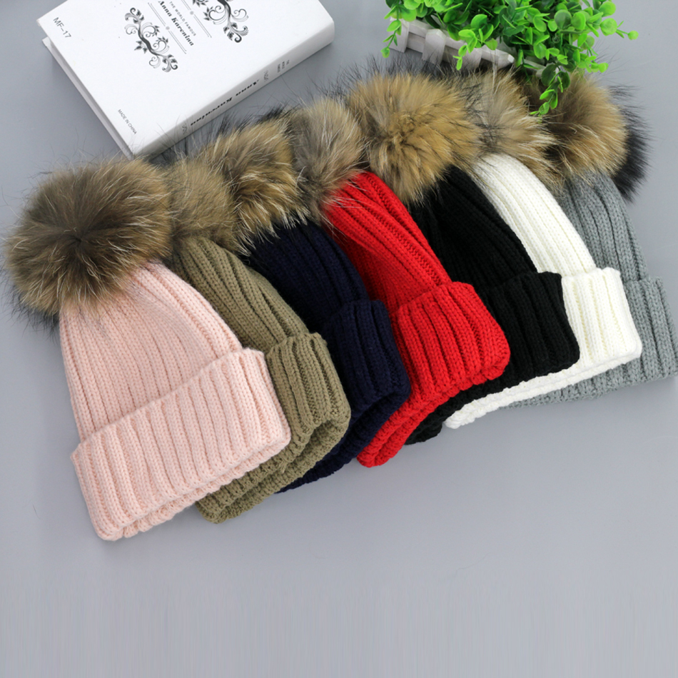 Genuine Raccoon ball cap pom poms winter hat for women girl 's  Ski hat knitted cotton beanies cap brand new thick female cap 4pcs new for ball uff bes m18mg noc80b s04g
