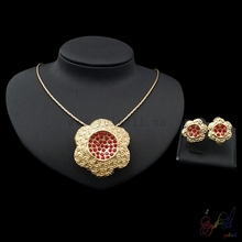 Yulaili 2017 Free Shipment Gold Filled Crystal Flower Novel Design High Quality Two Jewelry Sets