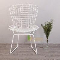 Бесплатная доставка U BEST Реплика Гарри bertoia stackable Проволочной кафе столы и стулья Открытый черный белый золотой обеденный стул