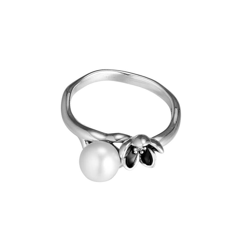 แหวนเข้ากันได้กับเครื่องประดับยุโรป 925 เงินดอกไม้แหวนเงินไข่มุกน้ำจืดสีขาว CZ และเคลือบสีดำ