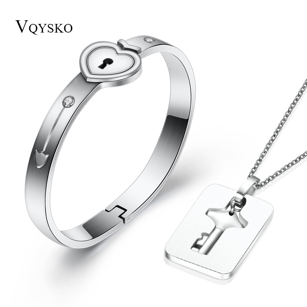 Fashion A Couple <font><b>Jewelry</b></font> <font><b>Sets</b></font> <font><b>For</b></font> Lovers <font><b>Stainless</b></font> <font><b>Steel</b></font> Love Heart Lock Bracelets Bangles Key Pendant Necklace Couples <font><b>Set</b></font> image