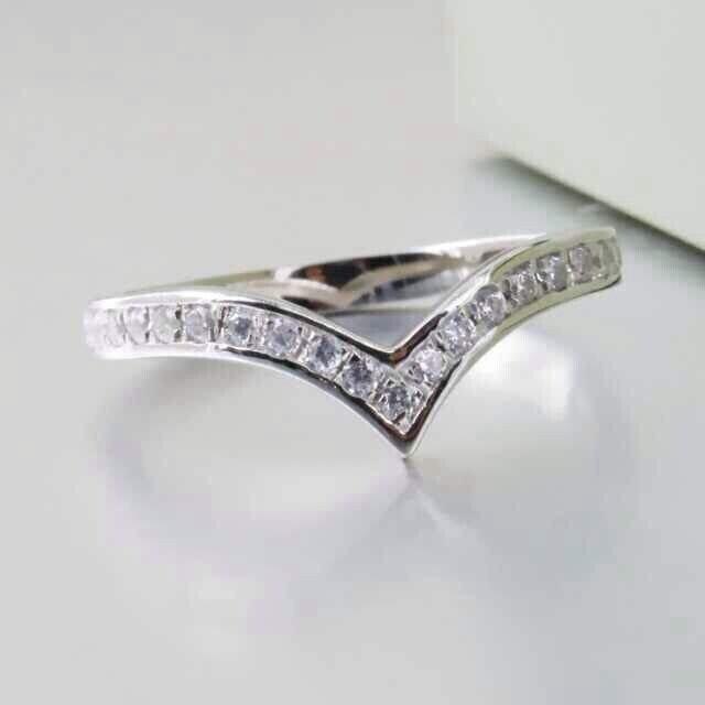 V Mold Nice Birthday Gift Solid 18k 750 White Gold Ring Bling Micro