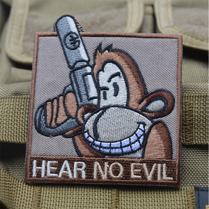 1 PC Badge Embroidered 3D 8 5 7 5CM 3D HEAR NO EVIL Camp Badges Embroidered