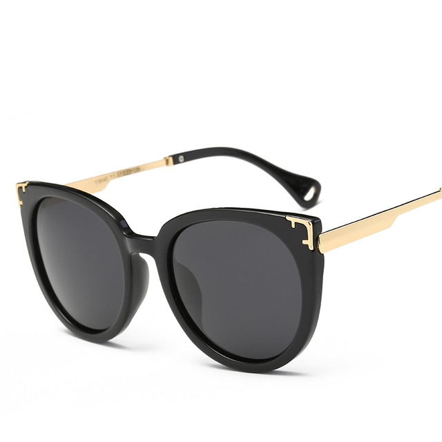 32804b7ea0 2017 Italy Famous Hipster Brand Designer Polarized Women Sunglasses Big  Wrap Frame Women Classic Sun Glasses 9940