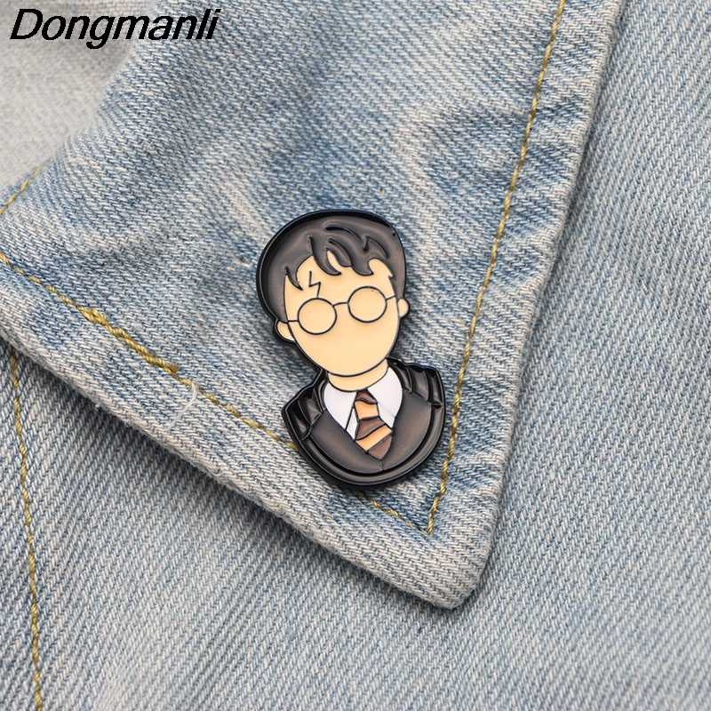 P2854 Dongmanli Movie Cartoon Character Metal Enamel Pins and Brooches for  Women Men Lapel pin backpack bags badge