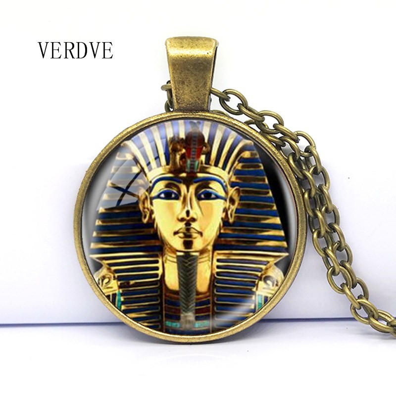 2018 New Tutankhamun Logo Pendant Necklace Egyptian Necklace Tutankhamun Gold King Handmade Resin Retro Art Gift Womens Jewelry