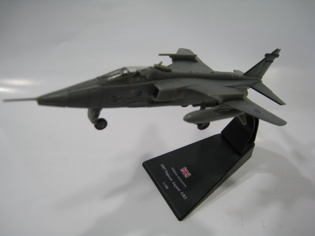 AMER 1/100 Scale Military Model Toys 53. Sepecat Jaguar Fighter Diecast Metal Plane Model Toy For Collection/Gift/Decoration