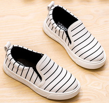 Мальчиков обувь холст кроссовки тренеры дети квартиры шоссе zapato sandalia белый с полосками черный дешевые 5.5 — 13.5 для 5 — 15