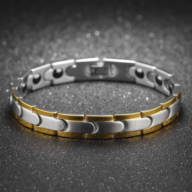 Fashion Healthy Magnetic Bracelet For Men Women Two Tone Gold Color Link Chain Stainless Steel Charm Punk Energy Gift GS876