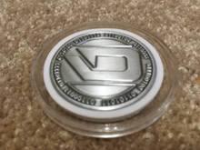 цены на Custom Dash Coin cheap custom made  Engravable coins high quality custom antique silver metal dash Coin  в интернет-магазинах