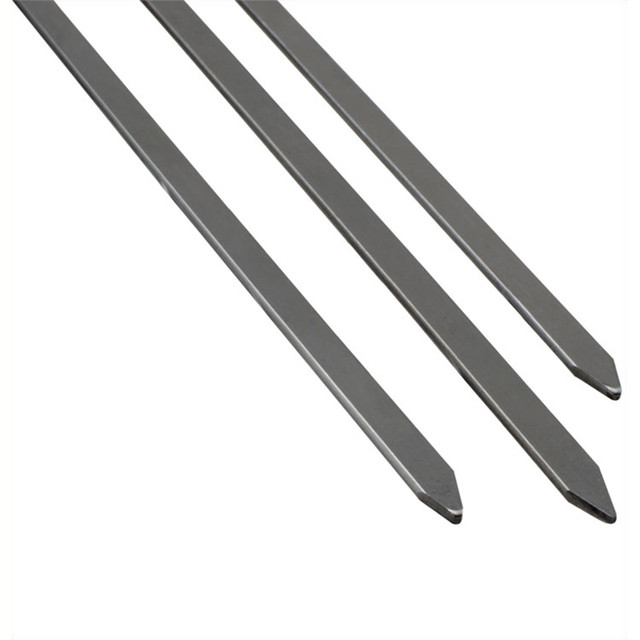 Stainless steel barbecue grill needle wooden handle
