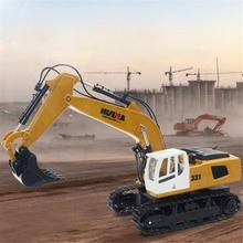 HUINA TOYS 1331 1/16 9CH RC Excavator Truck Engineering Construction Car Remote Control Vehicle with 350 rotation Light huina 560 1 14 2 4g 16ch metal rc excavator alloy drilling truck rtr with broken disassemble charging rc cars model toys